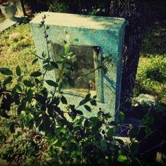 DD-C-blue headstone